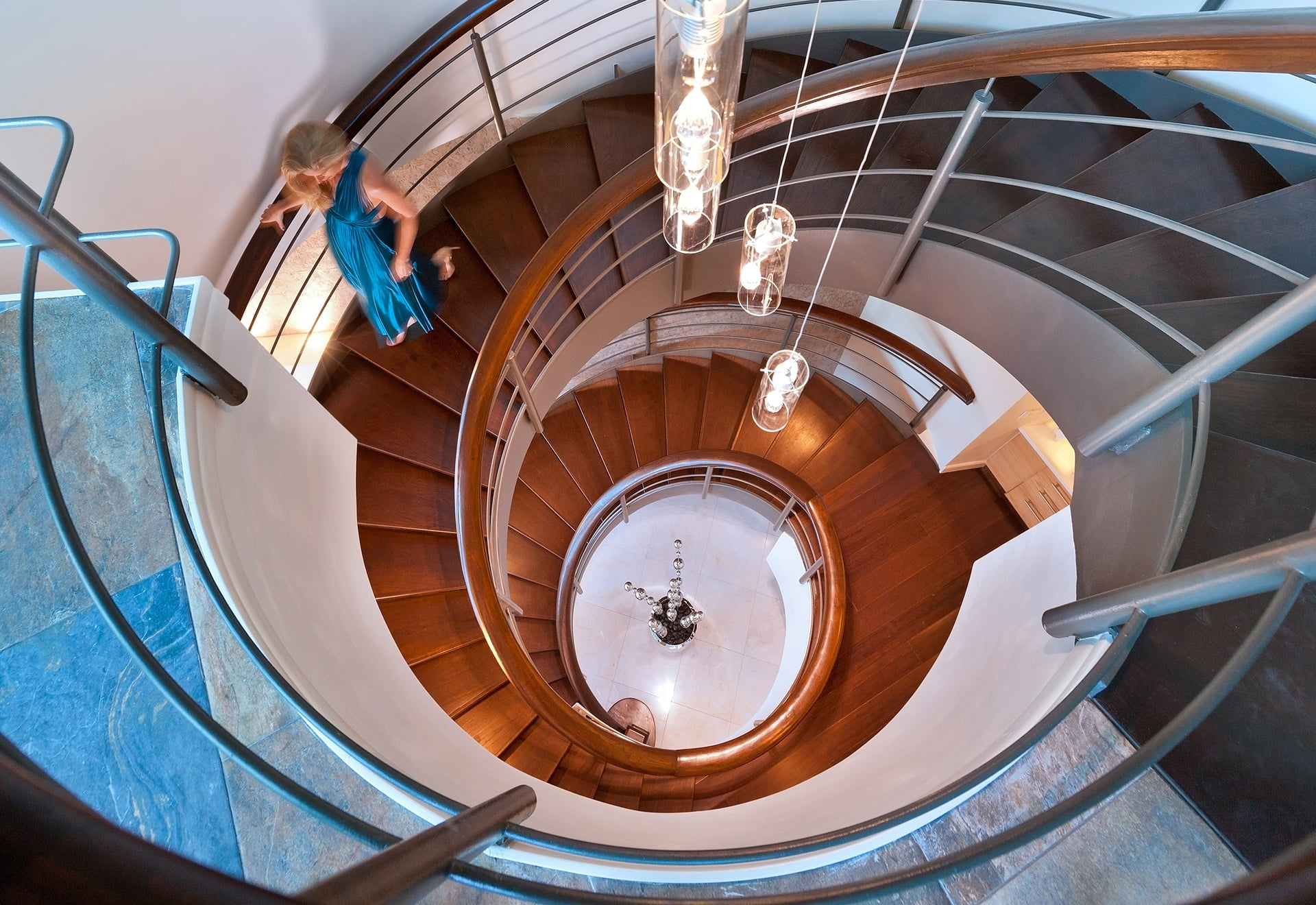 THE-RENAISSANCE-SHORELANDS-TRINIDAD-APR-2014-STAIRWELL-LOOKING-DOWN-WITH-TALENT